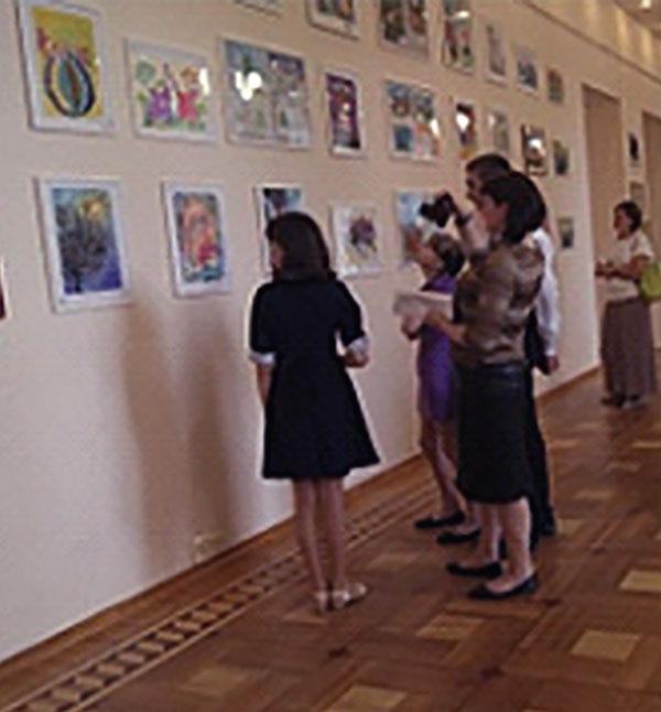 Открытие областной выставки  художественных работ детей  с ограниченными  возможностями здоровья  «АРТ-БУМ-2019»