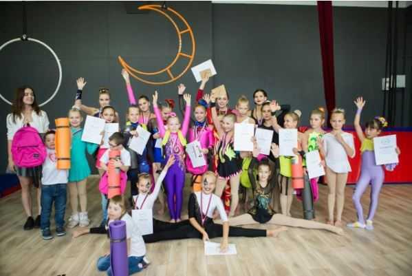Благотворительный фестиваль по воздушной гимнастике в поддержку людей с синдромом Дауна