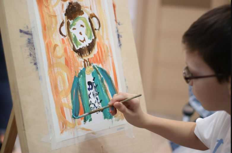 Открытие выставки «Мир в красках»