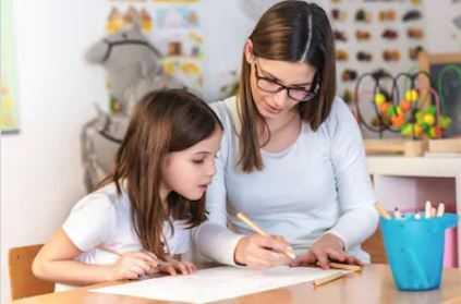 Минпросвещения оценил дефицит специалистов в сфере инклюзивного образования