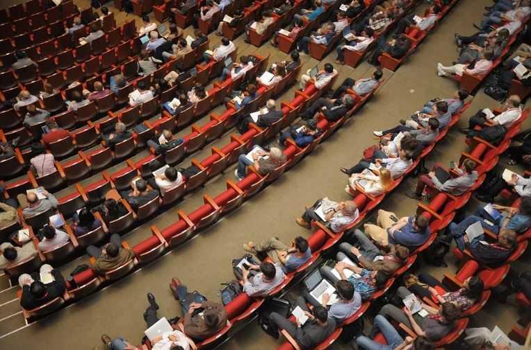Проблемы доказательности эффективности практик работы с детьми обсудят на конференции в Москве