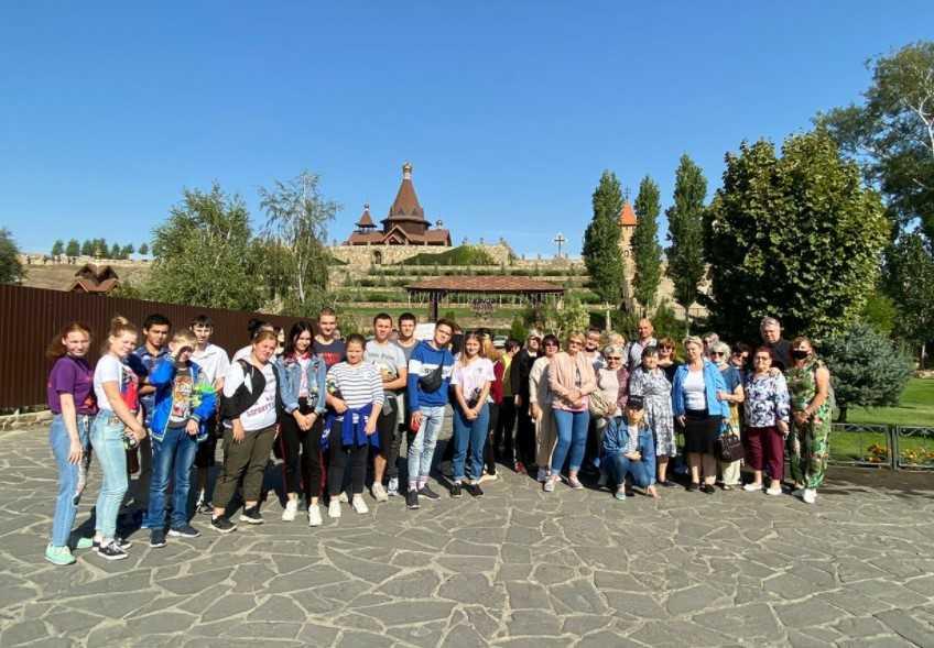 18 сентября члены Ростовского РО ВОГ, АНО «Границ.нет», РРО Ассоциации онкопациентов «Здравствуй» посетили парк «Лога́»
