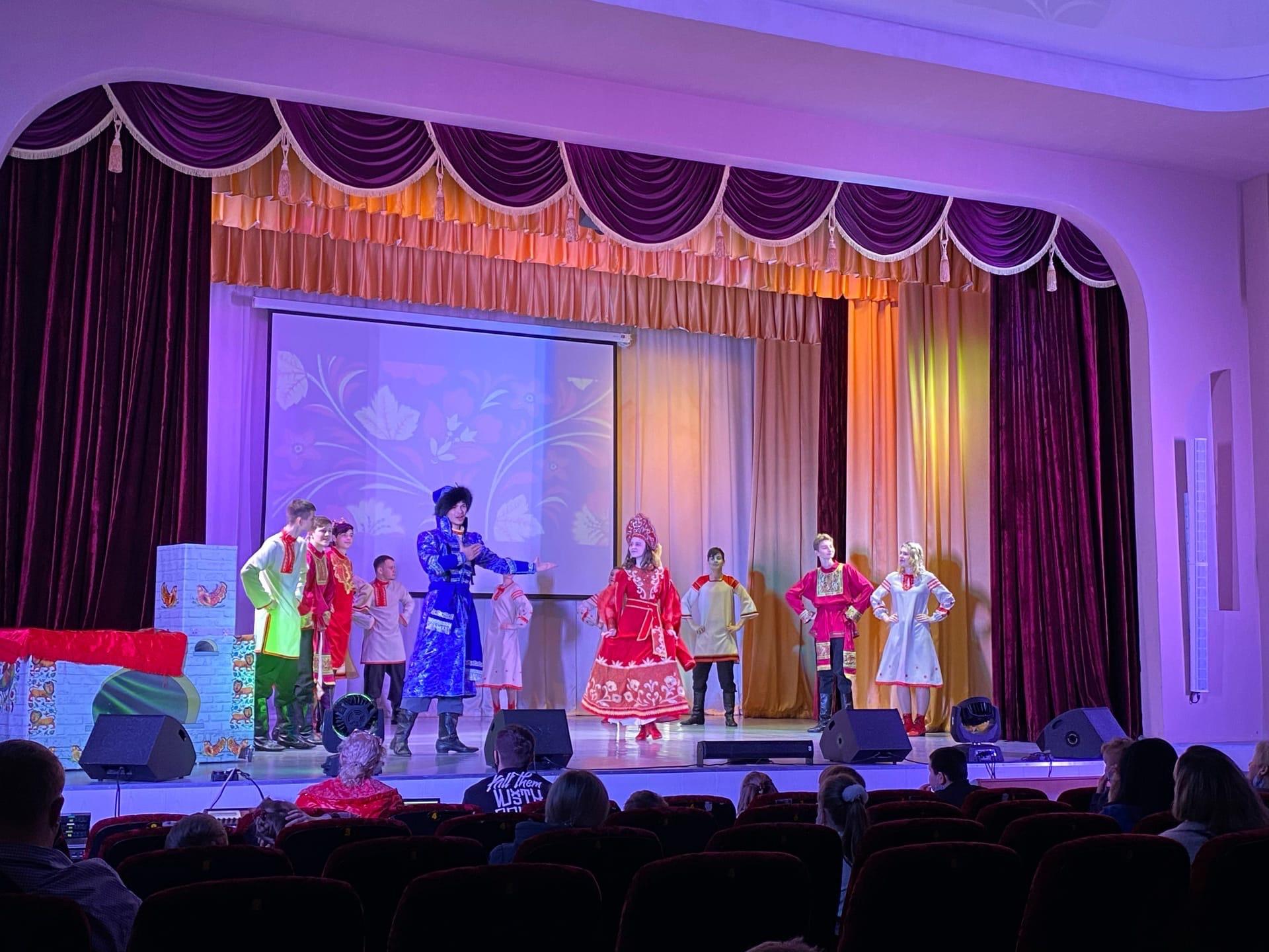Партпроект «Особенное детство» помог поставить детский инклюзивный спектакль в Ростове