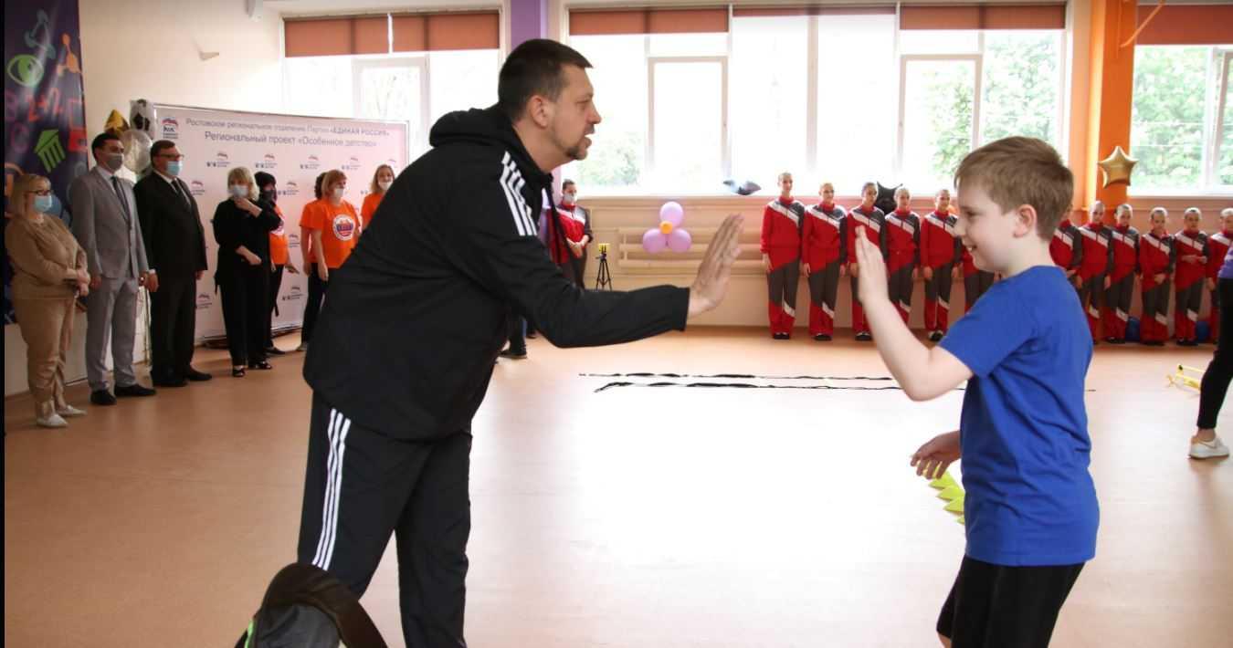 Секция адаптивного спорта для детей с расстройством аутистического спектра открылась благодаря поддержке регионального проекта «Особенное детство»