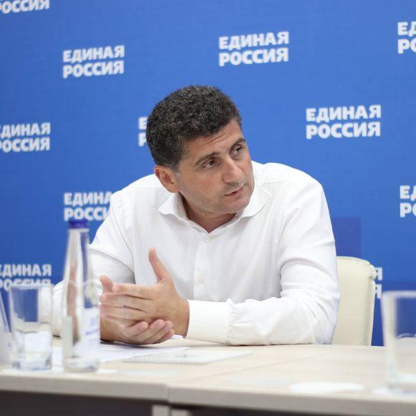 В рамках регионального партийного проекта «Особенное детство» обсудили развитие адаптивного спорта в городе Ростове-на-Дону